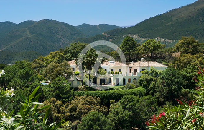 Panoramic real estate photography of spectacular villa with amazing green surroundings in La Zagaleta, Marbella, Málaga
